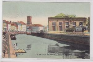 57208 AK Københaven - Thorvaldsens Musæum davor Kanal und Straßenbahn Tram 1908