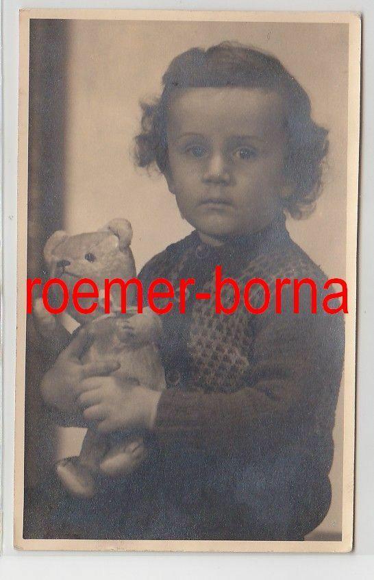 83236 Foto Porträt kleines Mädchen mit Teddybär aus Halle um 1930 0