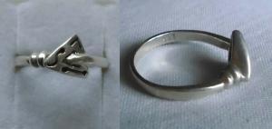 Origineller Damenring 925er Silber mit kleinem Dreieck und Symbolen (114056)