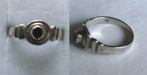 Hübscher Damenring 925er Silber mit kleinem schwarzen Stein (119951)