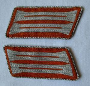 Seltenes Paar Kragenspiegel Waffenfarbe Orange 2. Weltkrieg ? (110844)