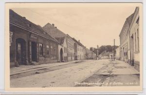 90599 Foto Ak Trautmannsdorf an der Leitha Strassenansicht 1941
