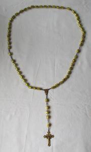 Wunderschöner alter Rosenkranz Kette mit Glasperlen und Kreuz um 1930 (123465)
