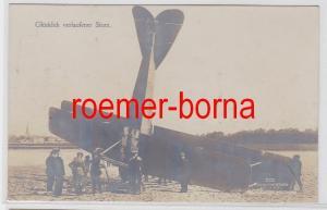 81962 Ak Militär Flugzeug glücklich verlaufener Sturz 1917