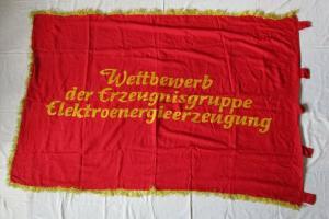 DDR Fahne Sieger Wettbewerb der Erzeugnisgruppe Elektroenergieerzeugung (135341)