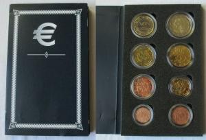 KMS Kursmünzensatz mit 8 Euro Münzen Finnland 2005 in Stempelglanz (135200)