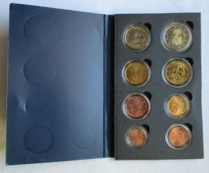KMS Kursmünzensatz mit 8 Euro Münzen Finnland in Stempelglanz (135040)