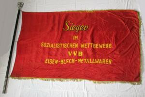 DDR Fahne Sieger im soz. Wettbewerb VVB Eisen-, Blech-, Metallwaren (135496)
