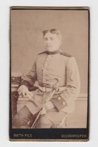 80832 Kabinett Foto Soldat mit Degen Diedenhofen Elsass Lothringen