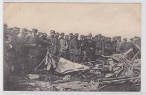 81904 Ak Abgeschossener englischer Flieger bei Lécluse um 1915