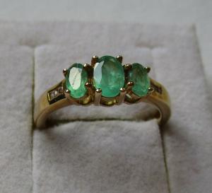 Hochwertiger 375er Gold Sambia-Smaragdring Damenring (116181)