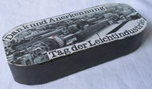 Sammlerbrikett 30 Jahre DDR Tag der Leichtindustrie 1979 (111476)