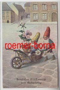 82795 Geburtstags Ak 2 Zwerge bringen Blumen mit Schubkarre 1918