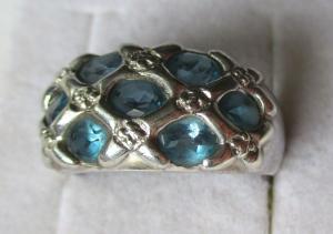 Eleganter 925er Sterling Silber Ring mit blauen Schmucksteinen (126498)