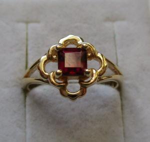 Hochwertiger vergoldeter 925er Sterling Silber Ring mit Rubellit (125981)