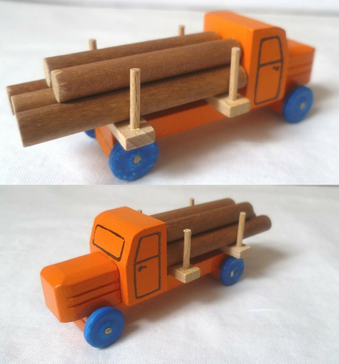 DDR Spielzeug Auto Holz LKW mit Holzstämmen (BN6817) 0