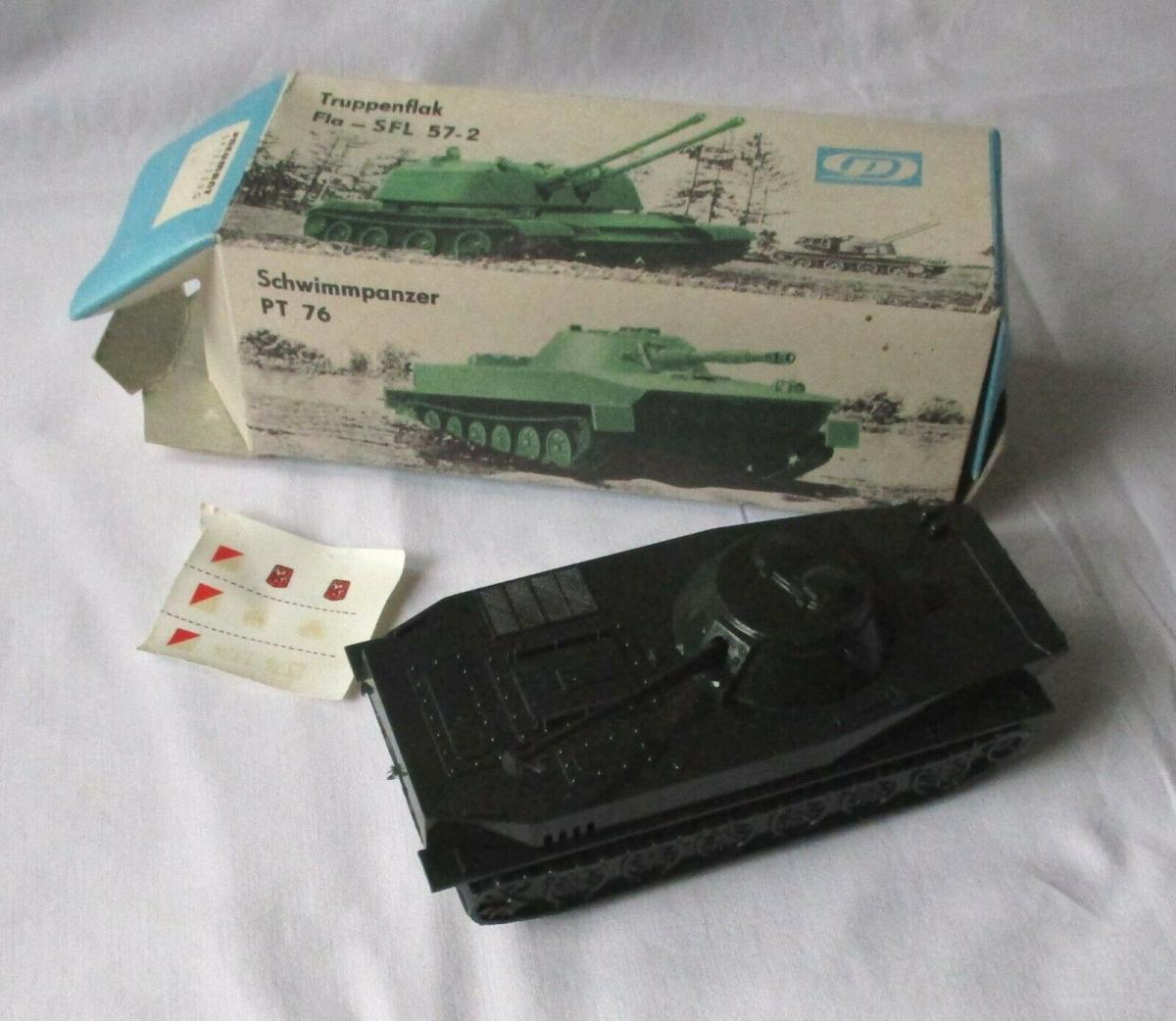Modellbau Schwimmpanzer PT 76 Pneumat Spielzeug DDR VEB Plastaform OVP (109452) 0