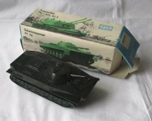 Modellbau Schwimmpanzer PT 76 Pneumat Spielzeug DDR VEB Plastaform OVP (108594)