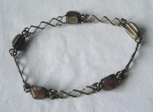 Dekoratives Armband 835er Silber mit violetten Steinen (115416)