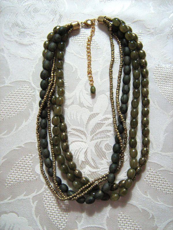 Statement Perlenkette Grün Goldfarben Modeschmuck