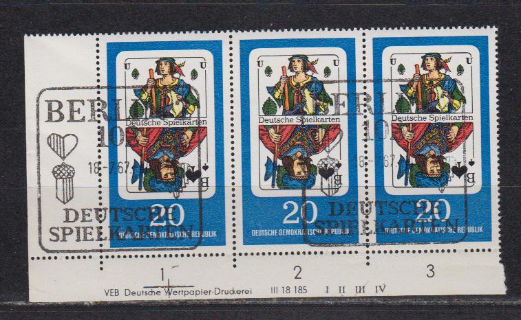 DDR MiNo. 1300 o Eckrand-3er-Streifen mit seltenem DV I II III IV