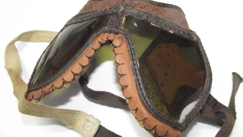 Alte Kradmelder Brille, Motorradbrille Fliegerbrille Panzerbrille wohl WK2