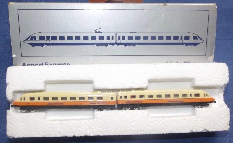 X - Schabak Lufthansa Nr. 1100 Airport Express Modellzug / Standmodell 1:300