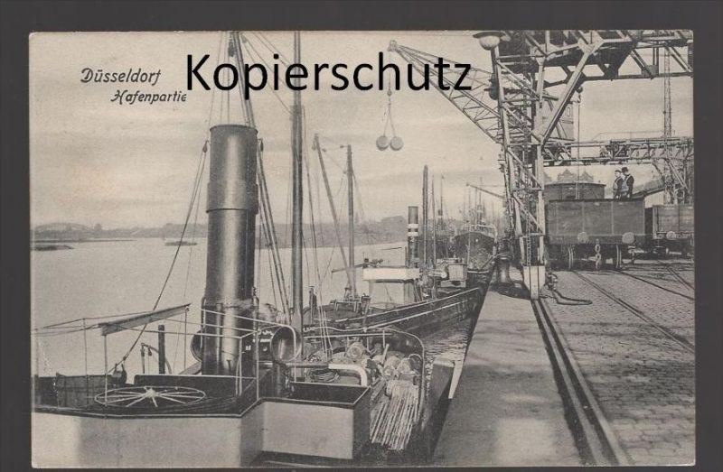 ALTE POSTKARTE DÜSSELDORF Hafen Harbour Dampfer steam ship bateau à vapeur Frachtschiff cargo freight ship crane Kran