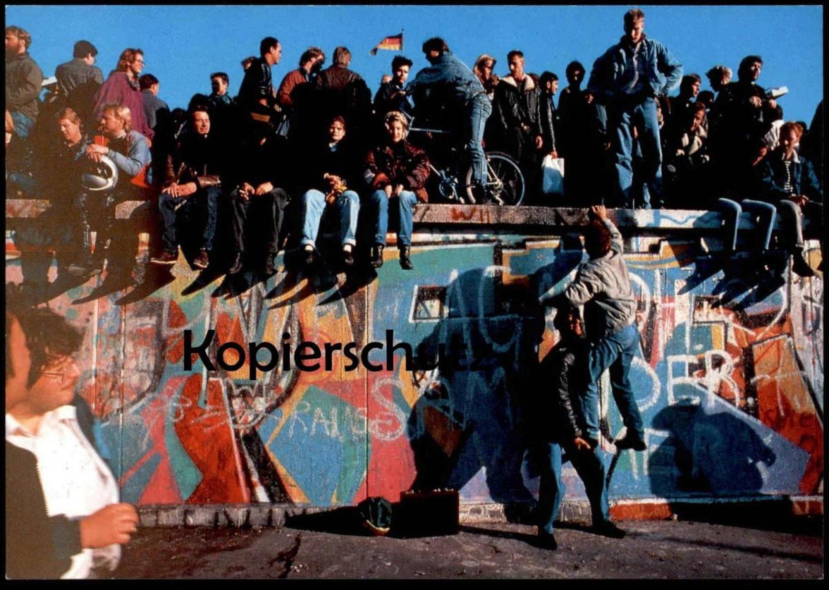 ÄLTERE POSTKARTE BERLIN NOVEMBER 1989 BRANDENBURGER TOR DIE MAUER FÄLLT BERLINER MAUER THE WALL LE MUR Art cpa AK