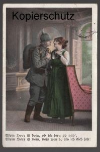 ALTE POSTKARTE SOLDAT Mein Herz ist dein ob ich fern ob nah soldier couple postcard cpa Ansichtskarte