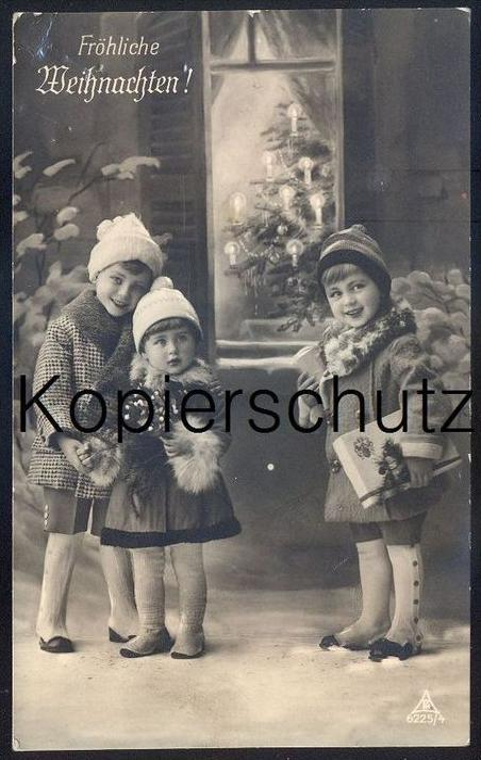 ALTE POSTKARTE WEIHNACHTEN REH KINDER KIND christmas tree child children enfant enfants Pelz cpa postcard Ansichtskarte 0