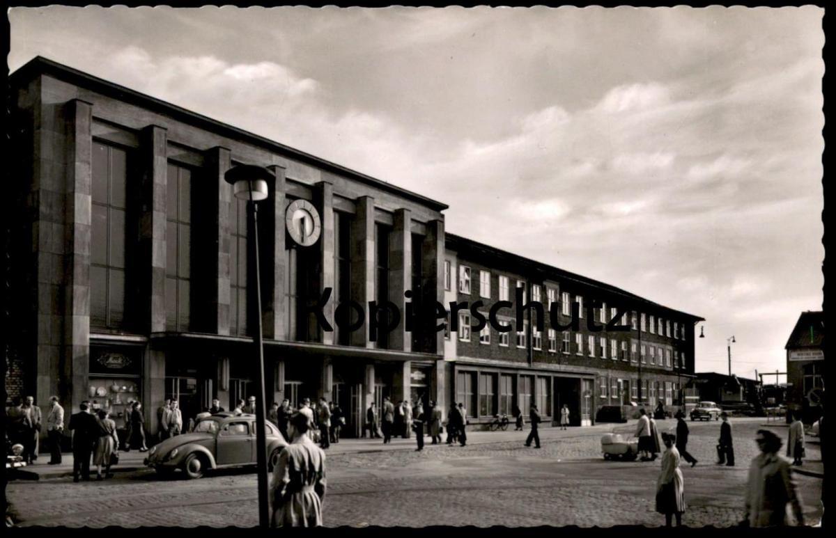 ÄLTERE POSTKARTE KAISERSLAUTERN BAHNHOF VW KÄFER Coccinelle beetle gare station cpa postcard AK Ansichtskarte