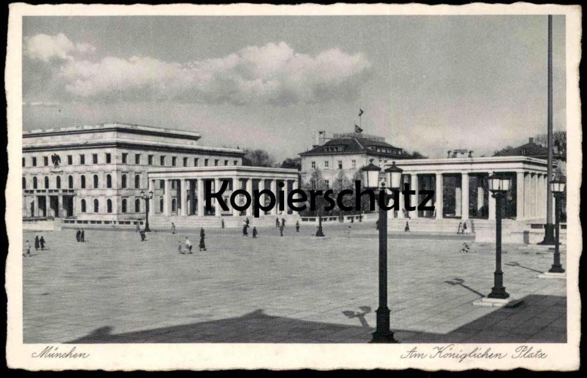 ALTE POSTKARTE MÜNCHEN AM KÖNIGLICHEN PLATZ EHRENTEMPEL BEFLAGGUNG 3. REICH Muenchen Munchen postcard cpa Architecture