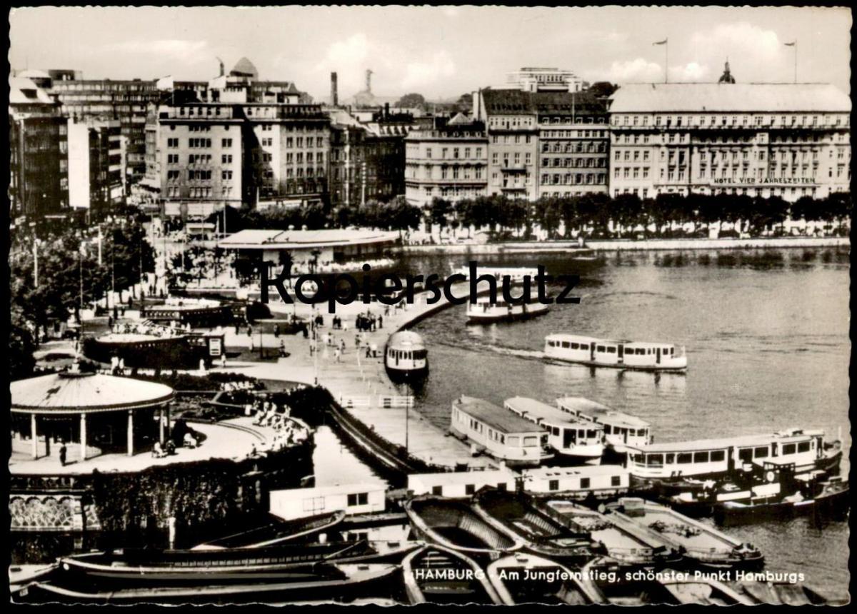 ÄLTERE POSTKARTE HAMBURG AM JUNGFERNSTIEG SCHÖNSTER PUNKT HAMBURGS Hotel Vier Jahreszeiten Schiffe ships bateau cpa AK
