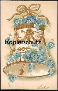 ALTE PRÄGE-POSTKARTE GLOCKE GESCHMÜCKT MIT BLUMEN vergoldet flowers clarine bell cloche Ansichtskarte postcard cpa AK