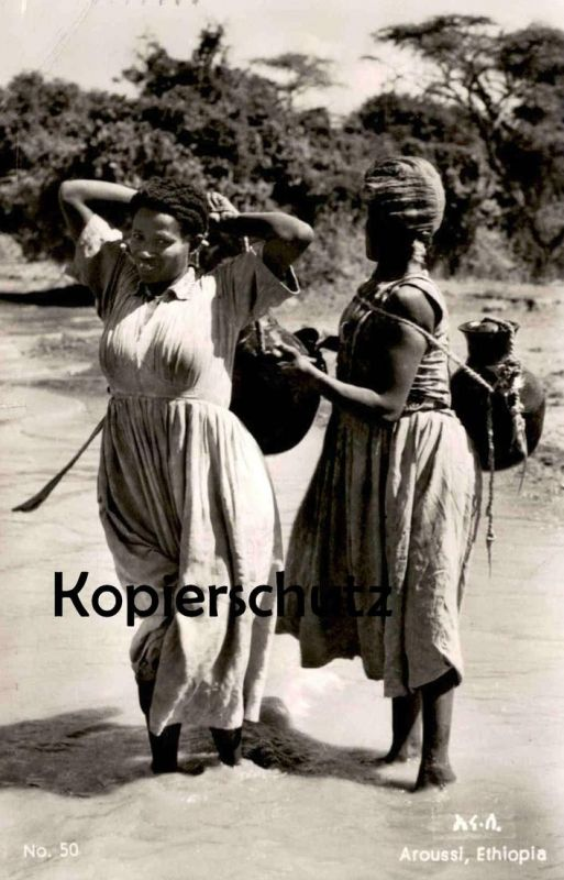 ALTE POSTKARTE AROUSSI ETHIOPIA WOMEN CARRYING WATER TYPES Tracht traditional costume folklorique postcard Ansichtskarte