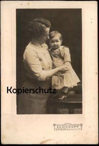 ALTES KABINETTFOTO KLEIN DITTI IHRER TREUEN BESCHÜTZERIN MARTHA FOTOGRAF DICKOPF SIEGBURG 29.07.1913 NAMENSTAG CDV CAB