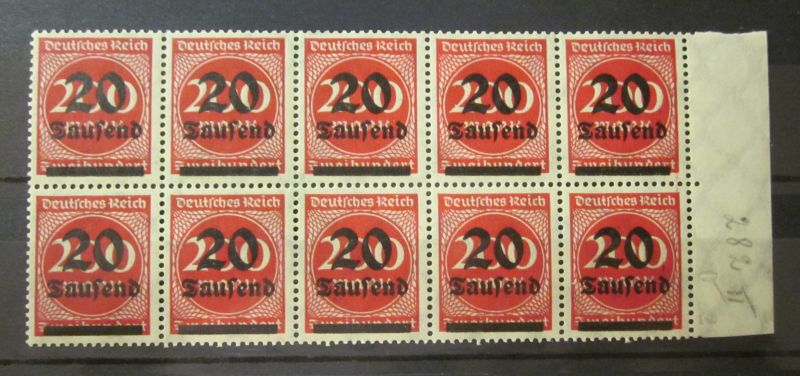 Briefmarke Deutsches Reich zehner Bogen Block mit Rand 1923  Ungebraucht gummiert .