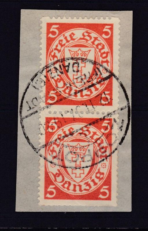Wappen 5 Pfg. mit Rollenzähnung senkr. Paar auf Briefstück