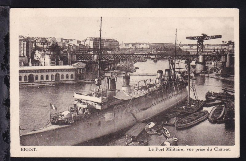 Brest (Militärhafen, von der Burg aus gesehen)