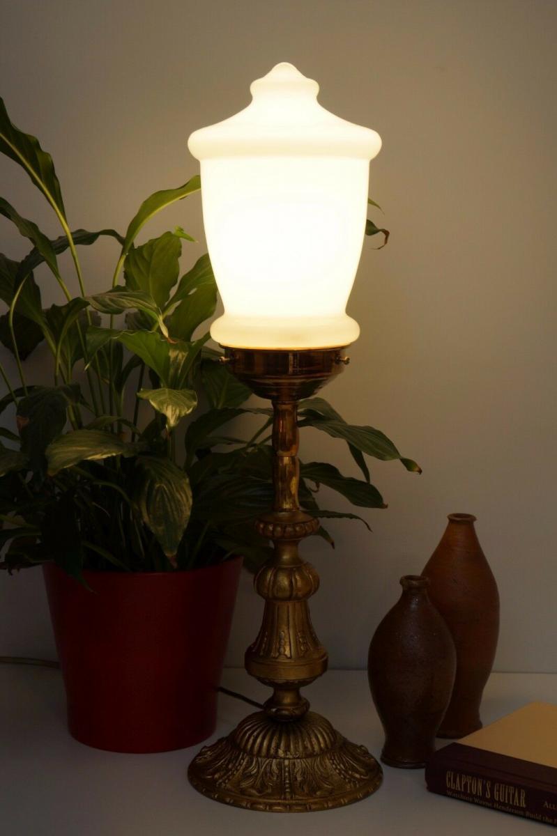 Garantiertes Unikat Messinglampe Berlin prachtvoll Messing Opalglas elegant 1
