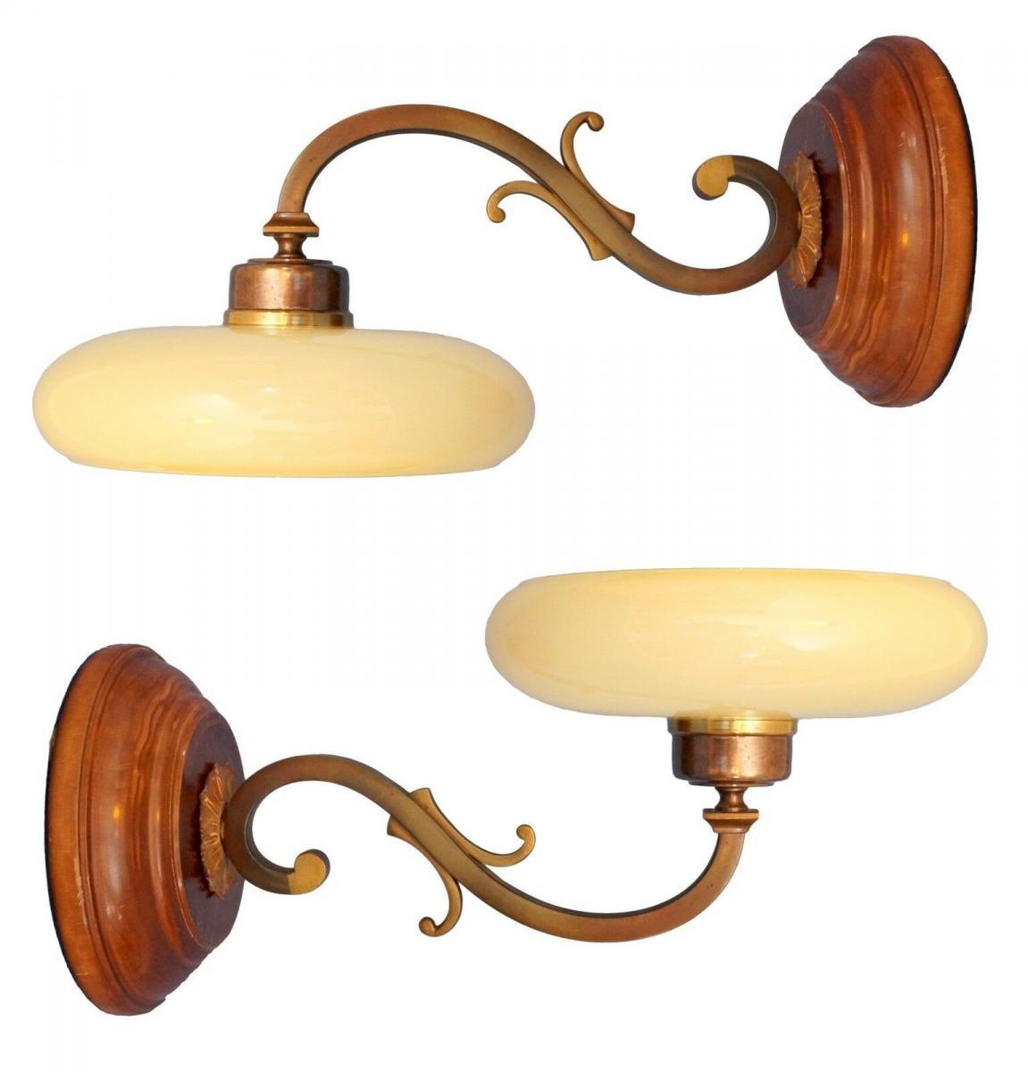 Tolle Jugendstil Wandlampe Messing Holz antiker original Opalglas-Schirm 1