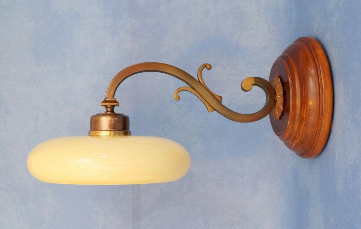 Tolle Jugendstil Wandlampe Messing Holz antiker original Opalglas-Schirm 2