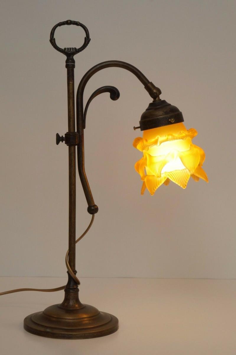 Wunderschöne Jugendstil Tischlampe Leseleuchte Shabby Chic Rosenglas Messing 0