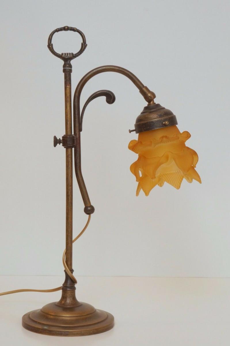Wunderschöne Jugendstil Tischlampe Leseleuchte Shabby Chic Rosenglas Messing 3