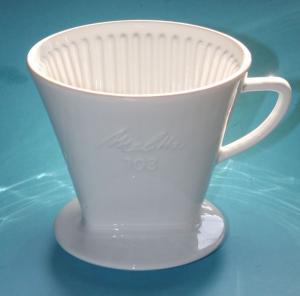 Großer Melitta Filter 103 . Porzellanfilter . 3-Loch-Version
