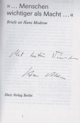 "Modrow, Hans. ""... Menschen wichtiger als Macht ..."" : Briefe an Hans Modrow."