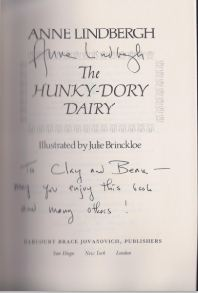 Lindbergh, Anne. The Hunky-Dory Dairy.
