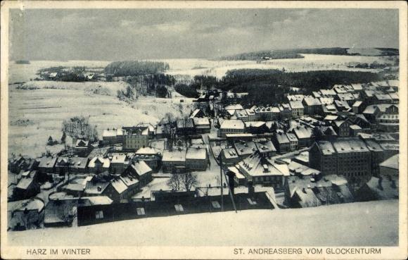 Ak St. Andreasberg Braunlage, Blick auf den Ort vom Glockenturm im Winter
