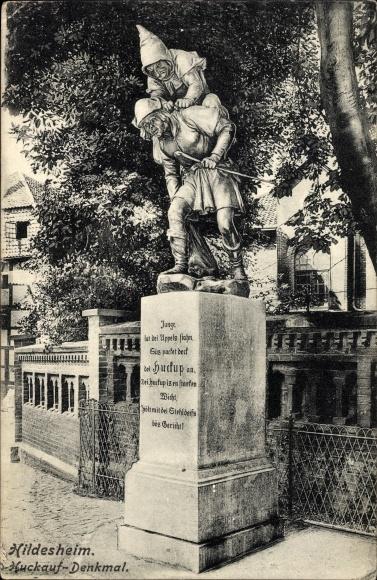 Ak Hildesheim in Niedersachsen, Partie am Huckauf Denkmal